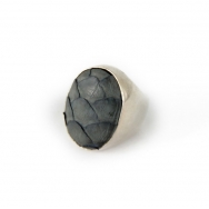 Python Oval silver ring grey