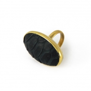 Python Oval Ring Black